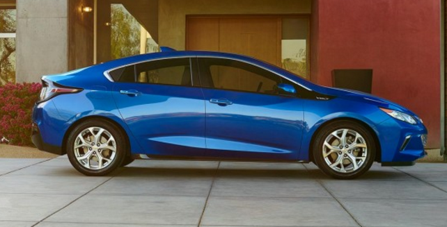 Plug In Hybrid With Leading All Electric Range Try The Chevy Volt