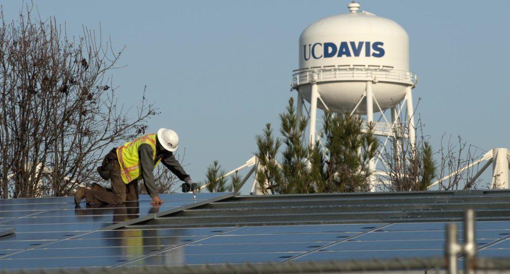 Solar-Panel-InstallationW-1024x551