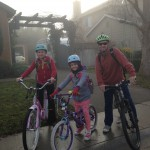 Maya (11), Piper (8) and Paul try to ride their bikes even in imperfect weather.