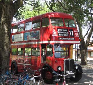 Unitrans Bus